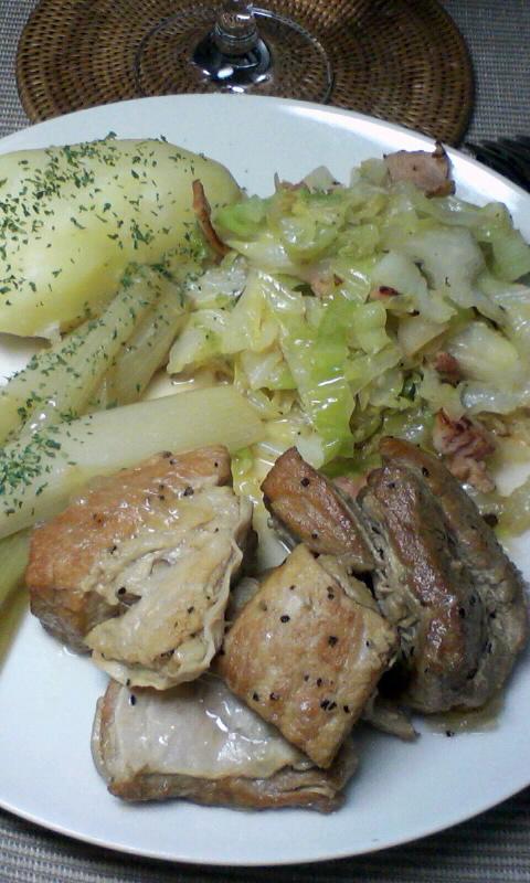 豚バラ肉の白ワイン煮と長葱