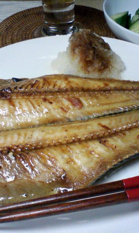 グリルパンで魚を焼く
