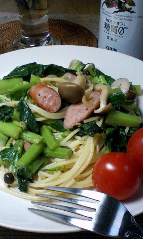 第1日の夕ご飯、かき菜のパスタ