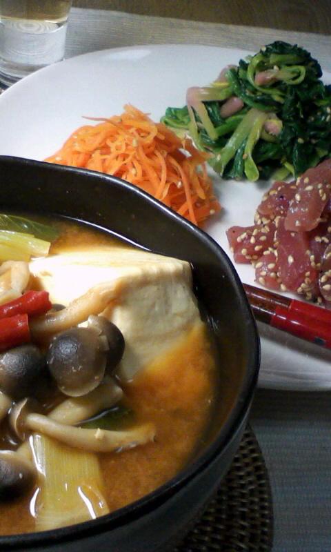 ダイエット競争第11日の夕ご飯、豆腐チゲ他韓国風