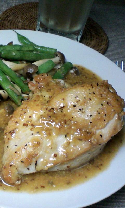 鶏のソテー、マスタードソース