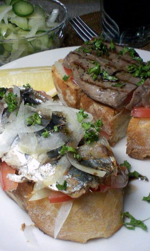 ビーフとオイルサーディンでタルティーヌ2種