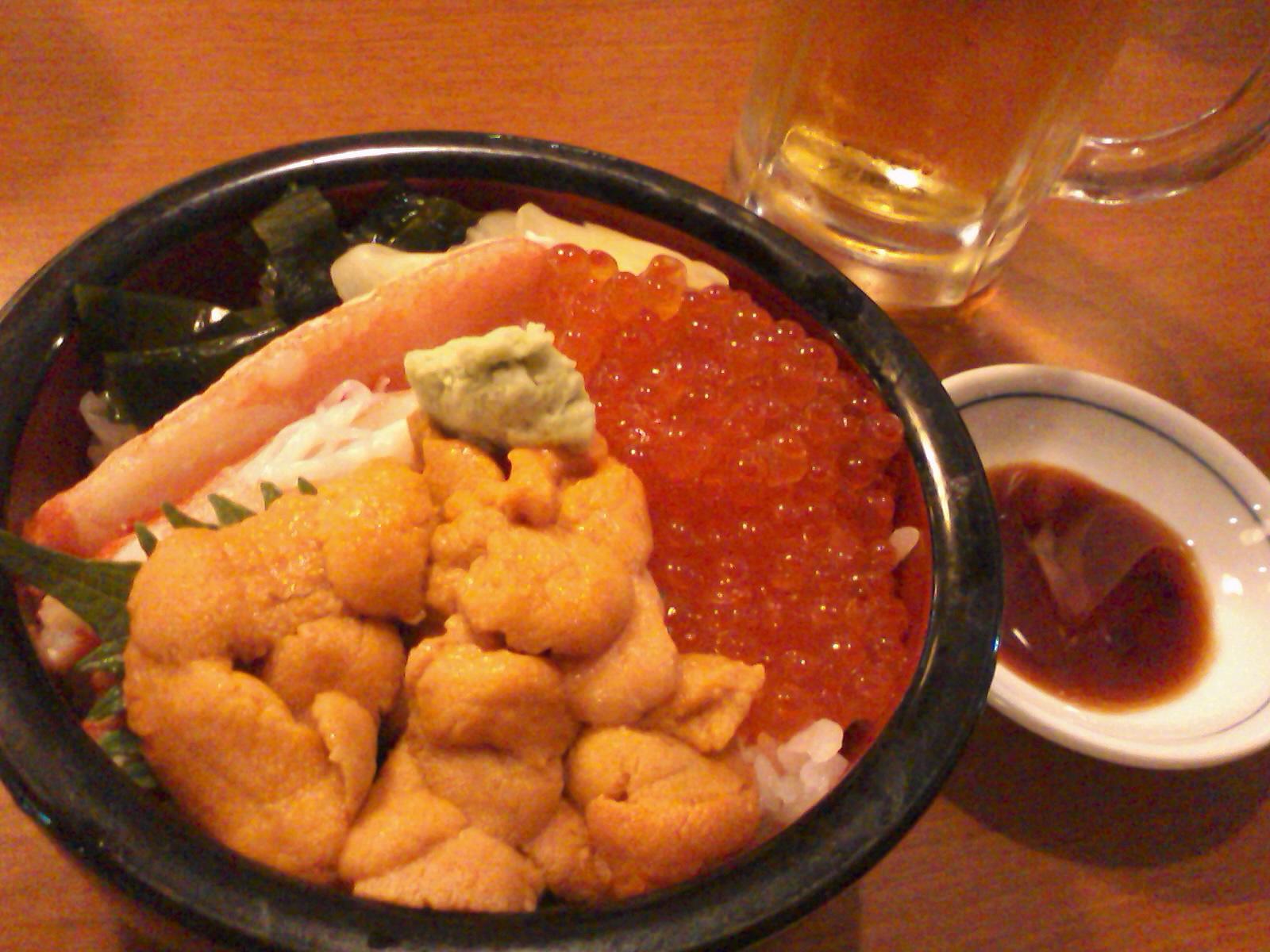 北海道旅行2010.06.19、市場でお昼