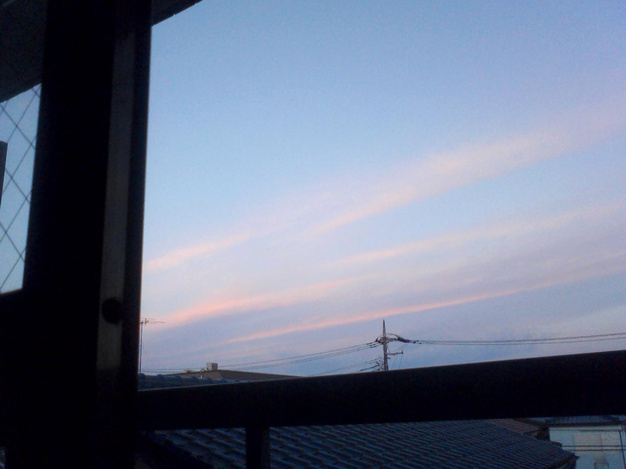 朝になる。というかもう朝。
